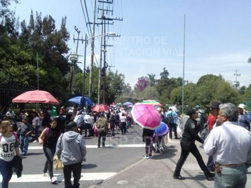 Manifestación provoca cierre de avenidas
