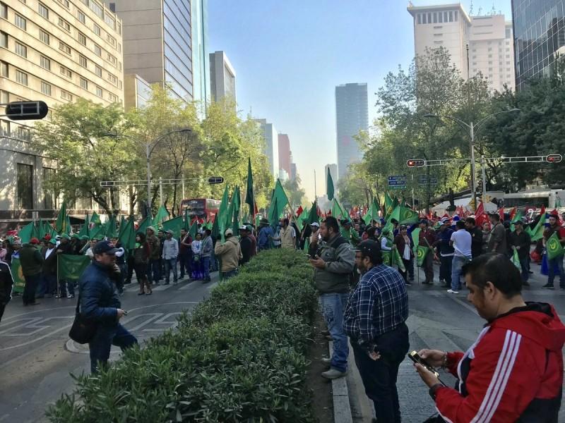 Manifestaciones afectan vialidades en la CDMX