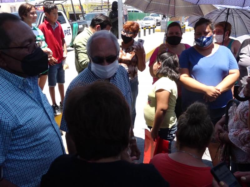 Manifestantes cierran bulevar Revolución por falta de agua