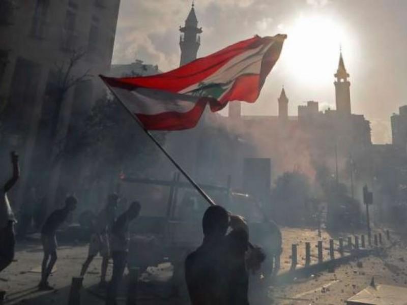 Manifestantes en Beirut exigen venganza contra clase política tras explosión