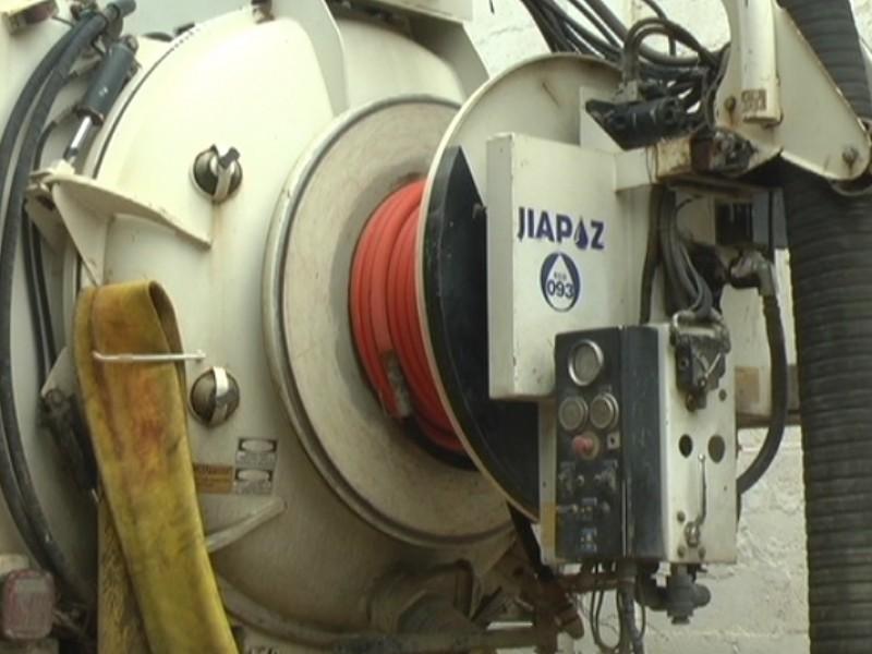 Máquina descompuesta frena arreglo de alcantarilla en Guadalupe