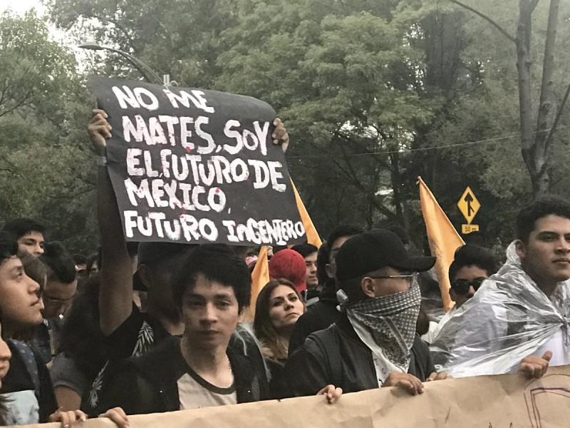 Marcha del Silencio se moviliza sobre Reforma