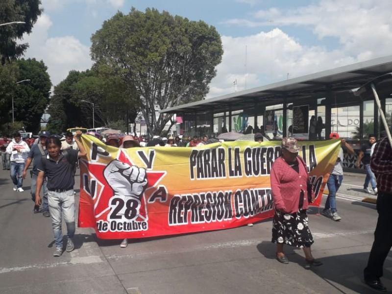 Marcha en conmemoración de desaparecidos de Ayotzinapa