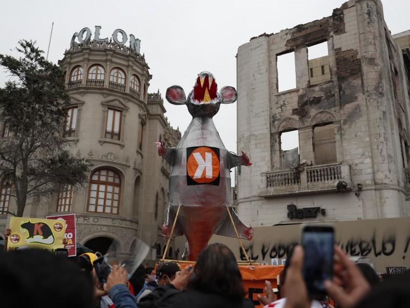 Marchan en Perú en contra de Keiko Fujimori
