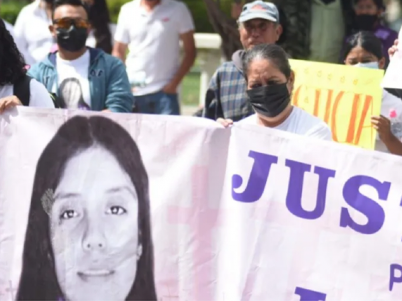 Marchan en San Felipe exigiendo justicia por asesinato de Lorena