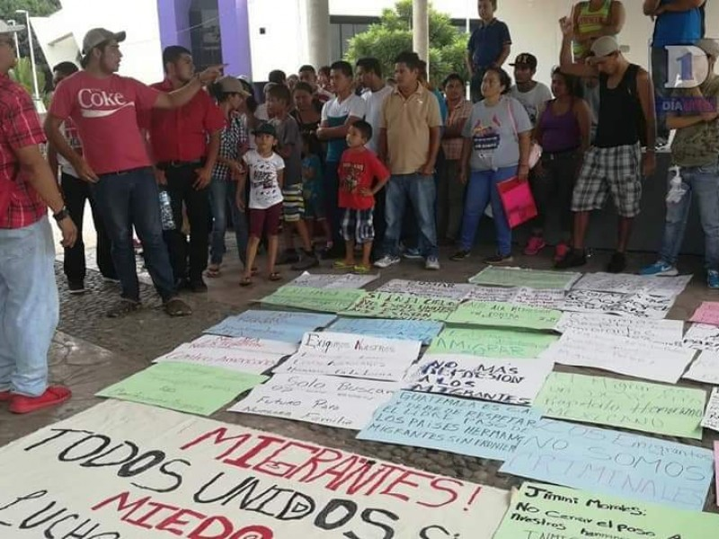 Marchan en Tapachula en apoyo a caravana