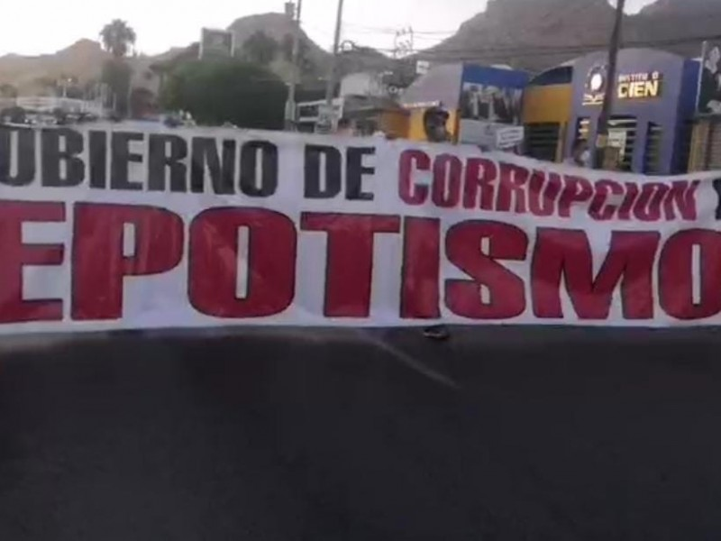 Marchan guaymenses contra gobierno municipal