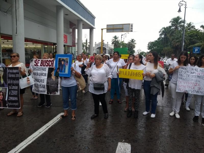 Marchan mujeres ante ola de violencia en Veracruz