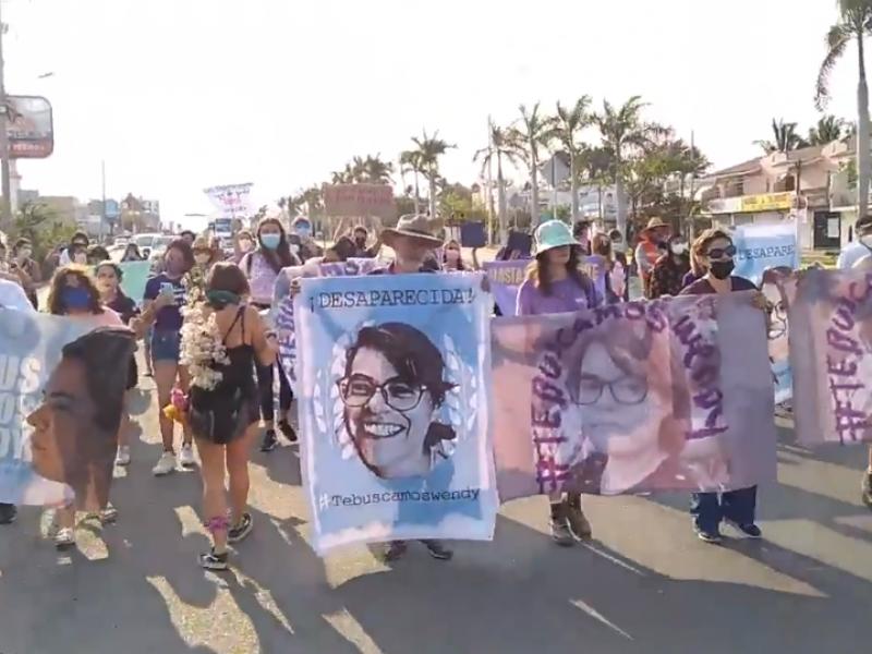 Marchan para exigir la localización de Wendy Sánchez