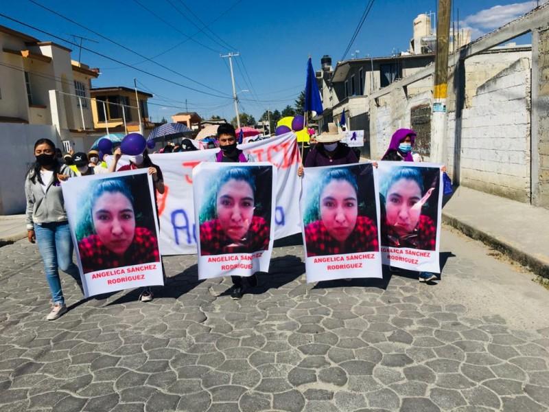 Marchan para pedir justicia por el homicidio de Angélica Sánchez