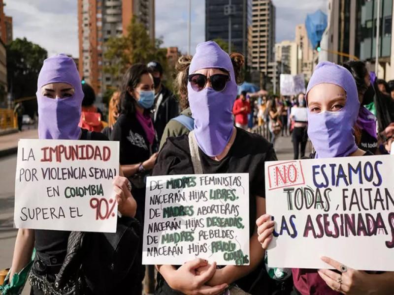 Marchan trabajadoras sexuales, piden alto a la extorsión