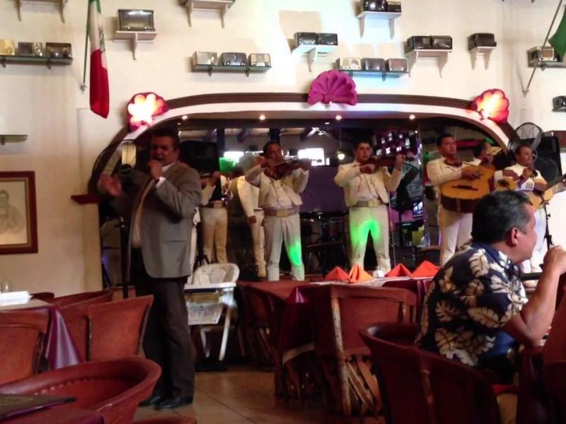 Mariachis y grupos musicales  permitidos en restaurantes