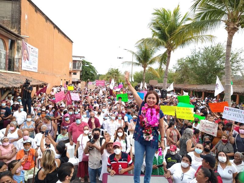 Maricarmen Cabrera, cierra campaña desde la calle 5 de mayo