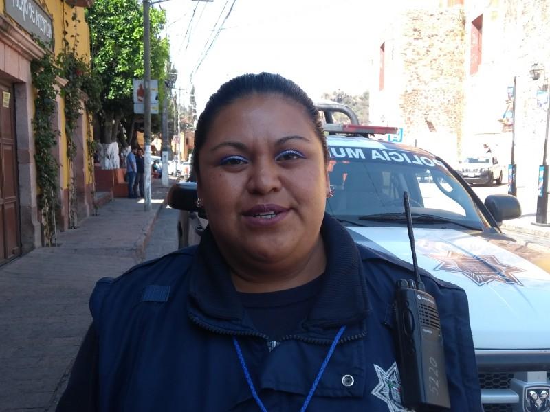 Mariela, mujer policía orgullosa de su labor