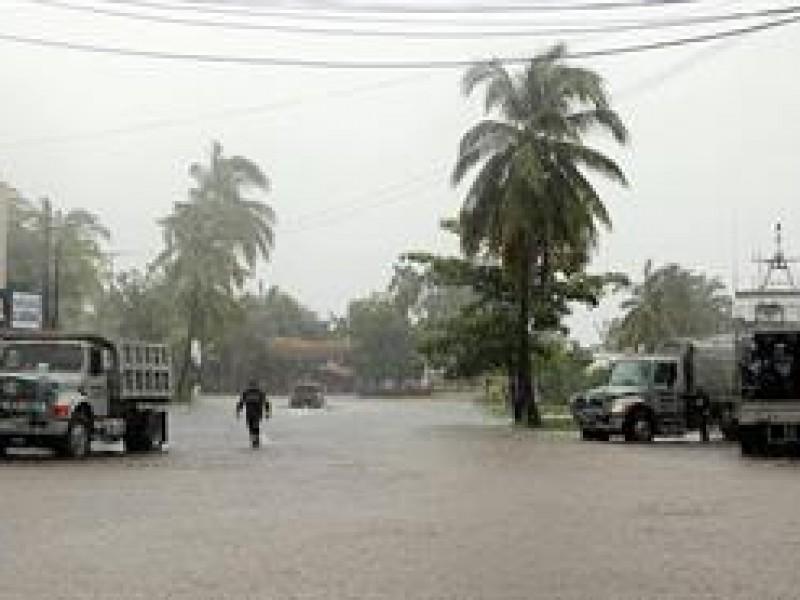 Marina recorre zonas afectadas en Nayarit