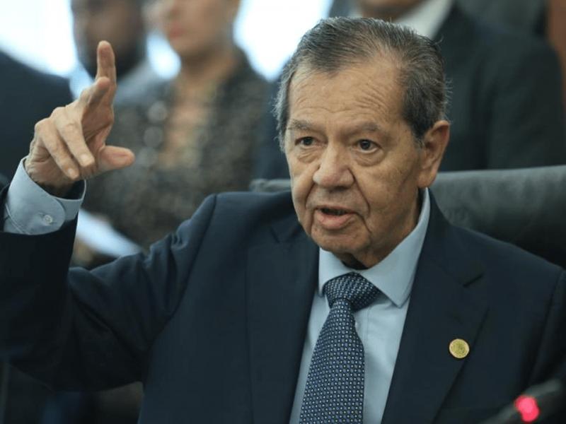 Mario Delgado está tirando el dinero por la ventana:Muñoz Ledo