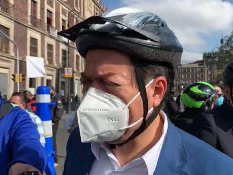 Mario Delgado realiza rodada ciclista hacia la Cámara de Diputados