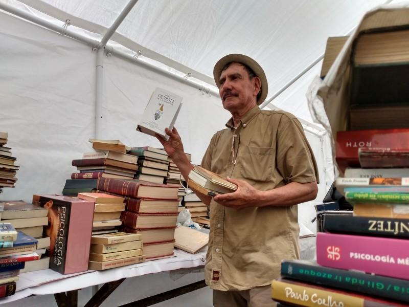 Más de 2 mil libros donados por ciudadanos