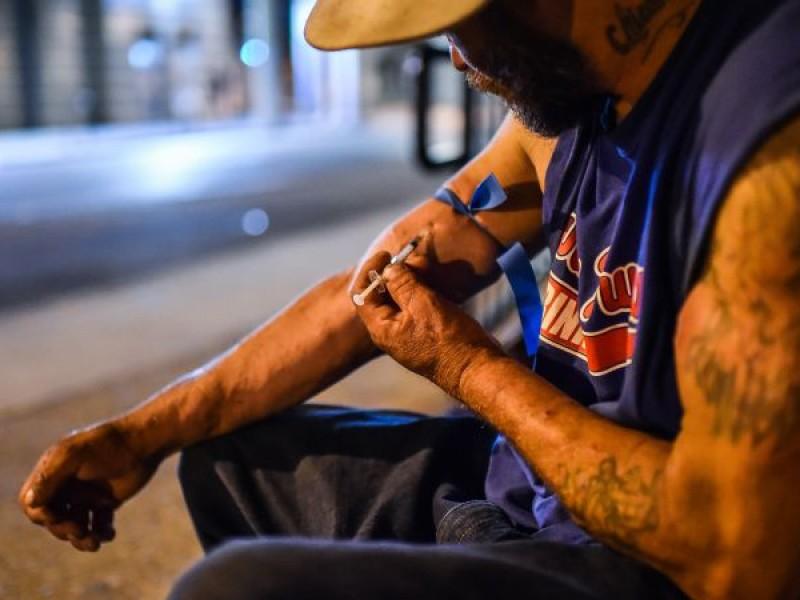 Más de 3 mil ex adictos recaen en drogas