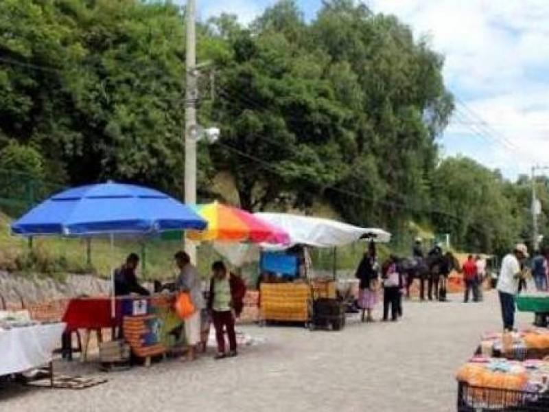 Más de 300 ambulantes de instalan en San Andrés Cholula