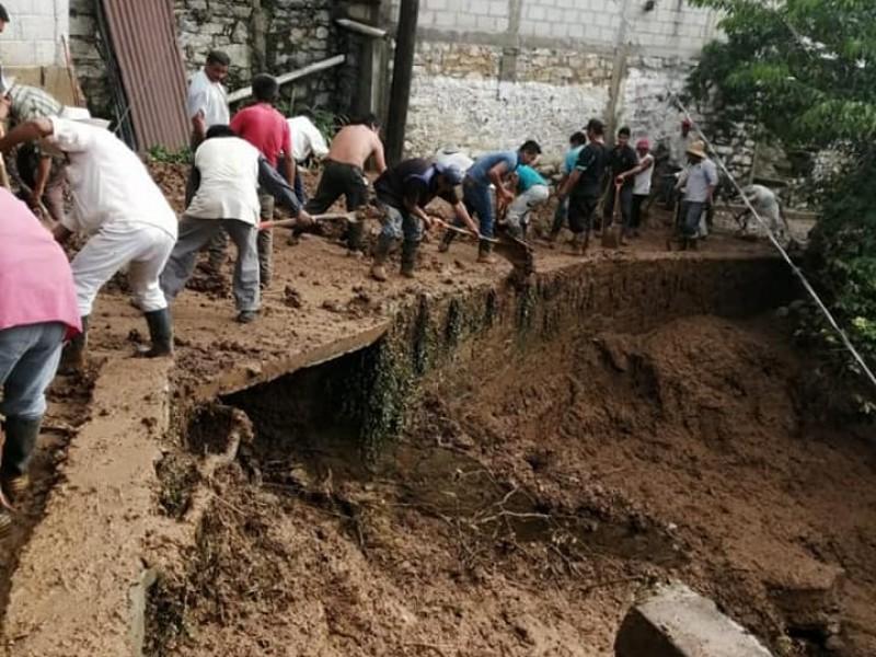 Más de 350 familias quedaron damnificadas por las fuertes lluvias
