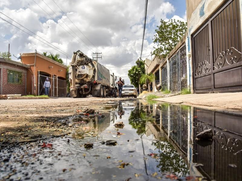 Mas de 800 reportes rezagados por drenajes colapsados : OOMAPASC