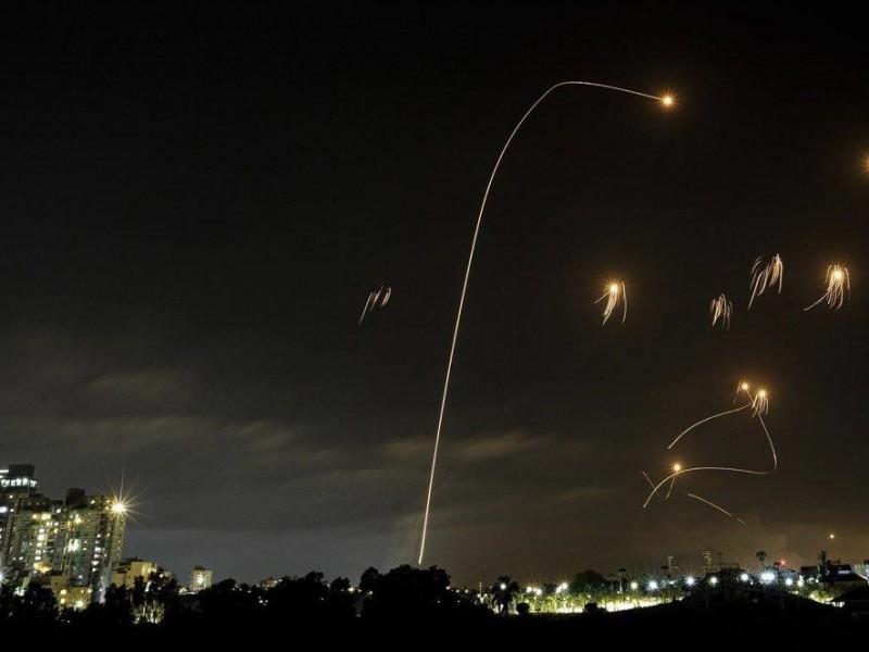 Más de mil 500 cohetes disparados desde Gaza contra Israel