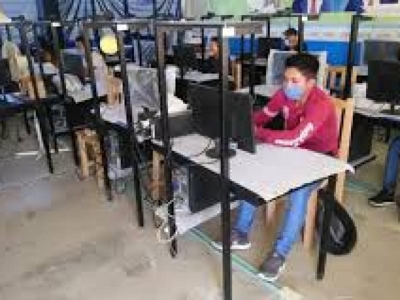 Más de mil estudiantes en línea cursarán nuevo ciclo escolar