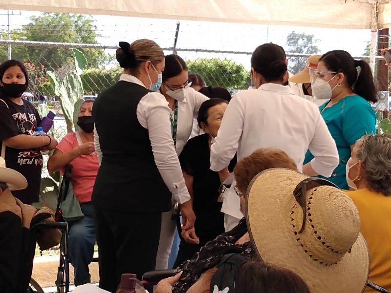 Más del 90% de avance lleva vacunación anticovid en Guasave