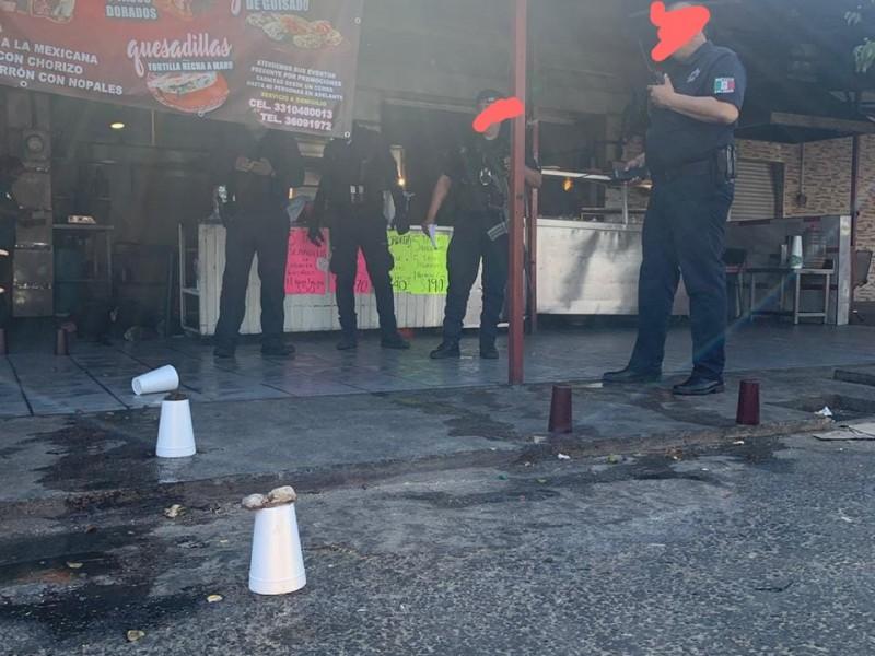 Matan a empleada de negocio de comida en Postes Cuates