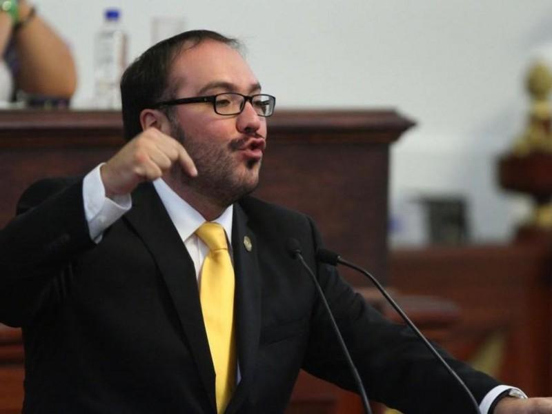 Mauricio Toledo asegura ser víctima del PRD