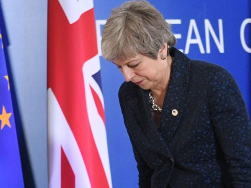May, presionada para renunciar y salvar el Brexit