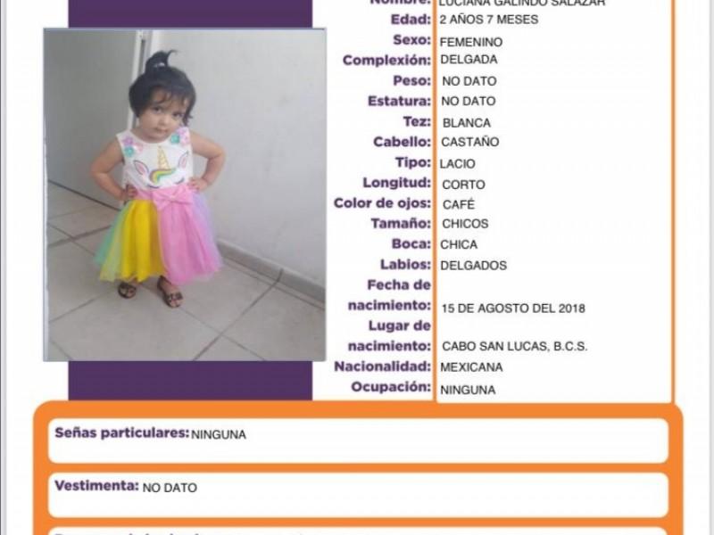 """""""Me volveré loca"""";madre busca a su hija de 2 años"""