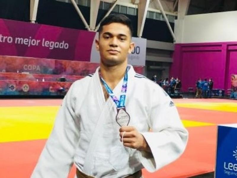 Medalla en Lima me motiva para llegar a Panamericanos: Alejandro