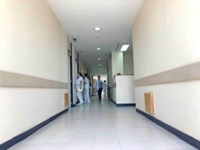 Médicos buscan combatir desinformación por COVID-19