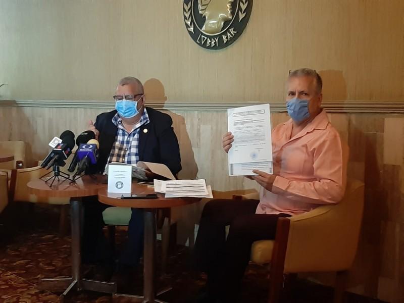 Médico gana amparo para no atender enfermos de Covid-19