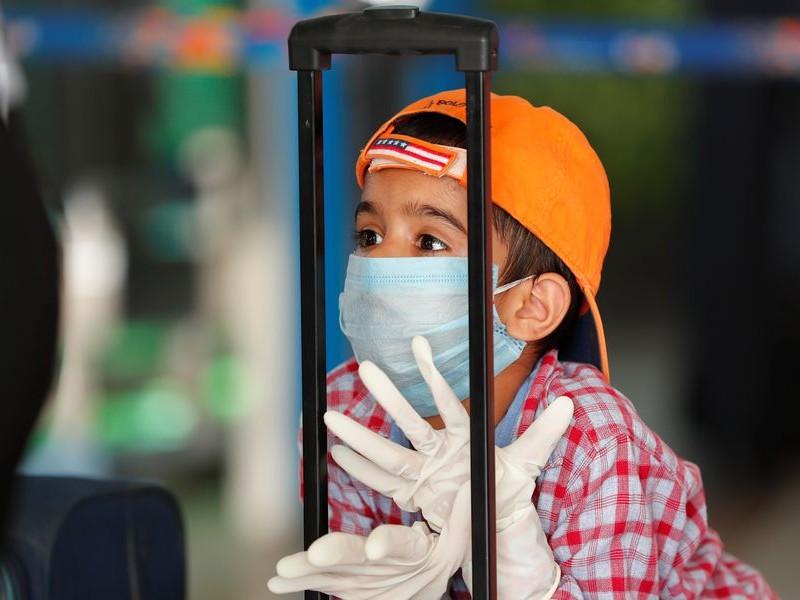 Menores hospitalizados por Covid-19 registra récord en EEUU