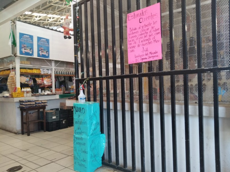 Mercado Ignacio Zaragoza sin filtro sanitario en los accesos
