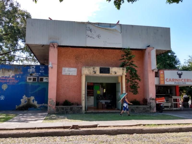 Mercados desatendidos, en Villa de Álvarez solo funciona uno