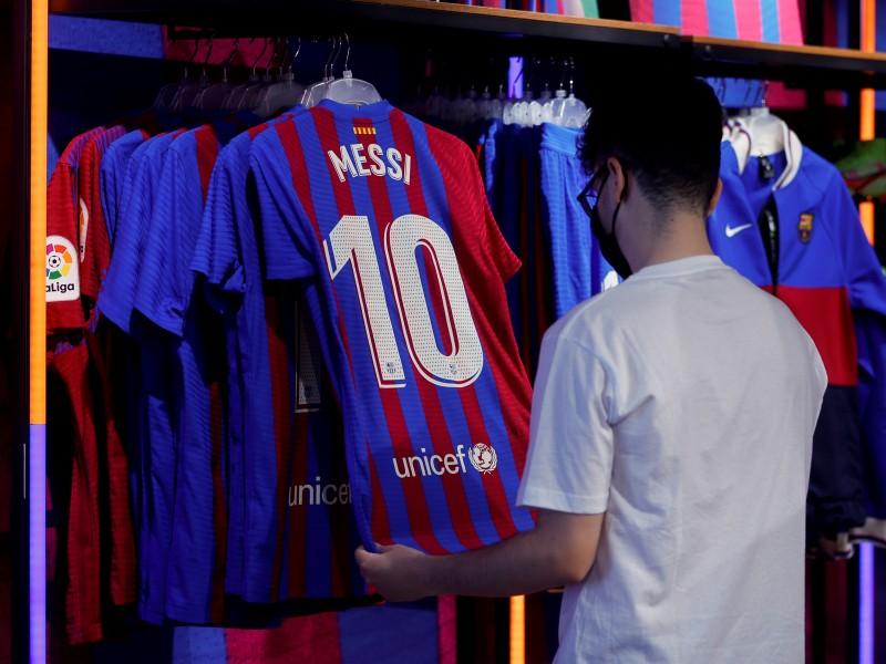 Messi es agente libre. Barcelona confía en su renovación