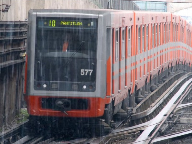 Metro, con marcha de seguridad ante lluvias