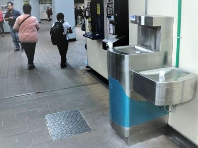 Metro instala bebederos y ventiladores