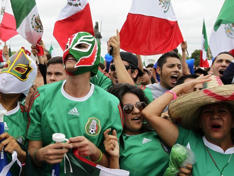 Mexicanos desean éxito a la Selección Nacional