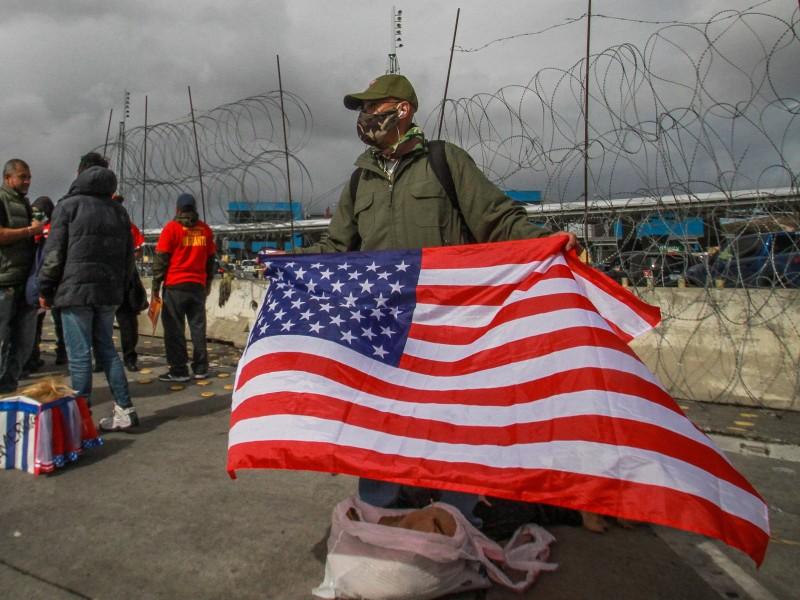 Mexicanos y migrantes celebran triunfo de Biden en Tijuana