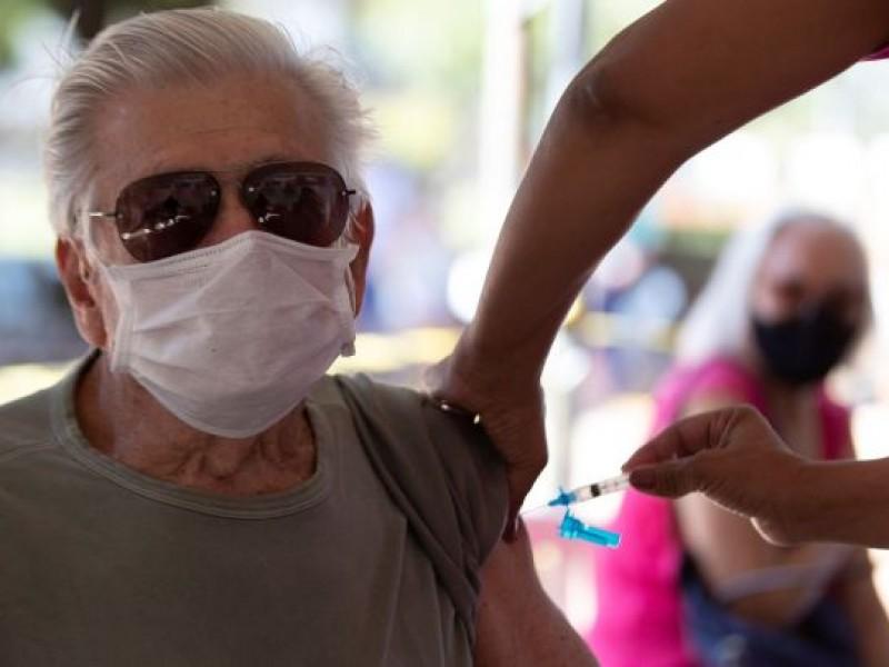 México rompe récord de vacunas aplicadas en un día