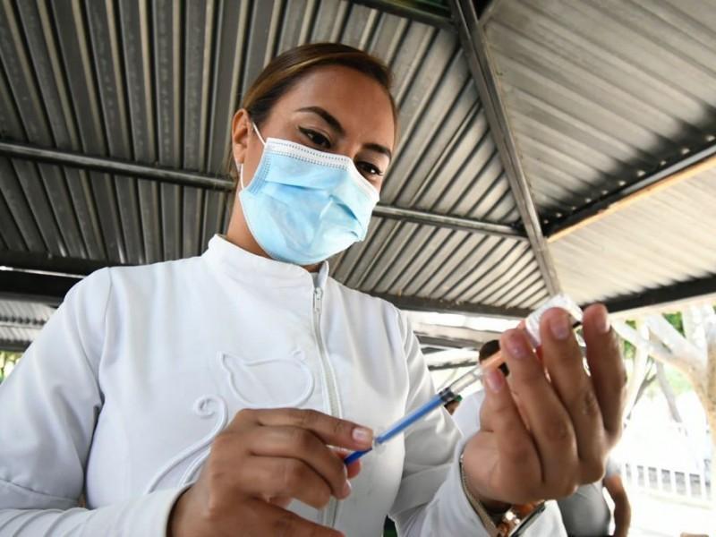 Mezcla ciudadanía vacuna Cansino con Astrazeneca