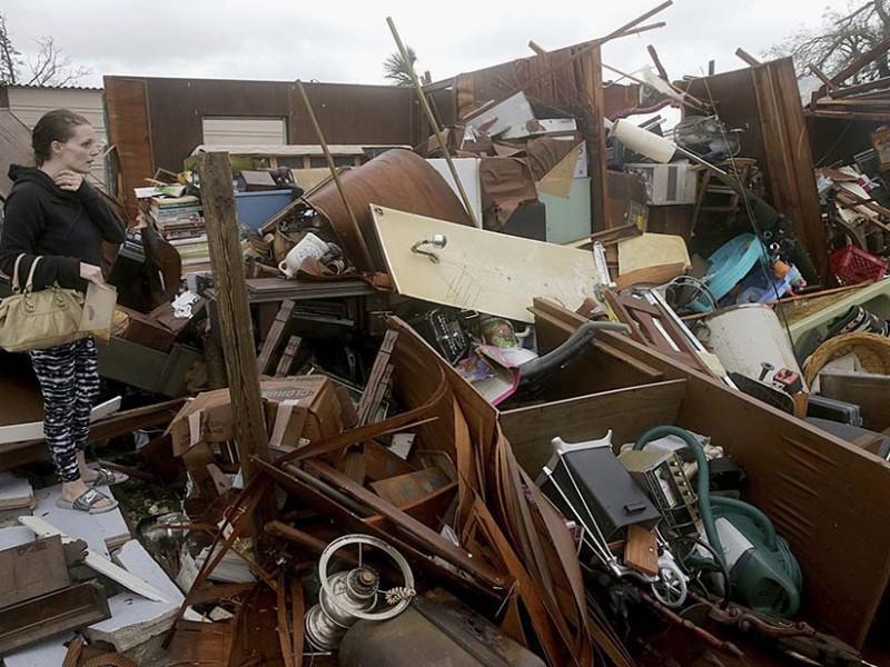 Michael deja dos muertos y devastación en Florida