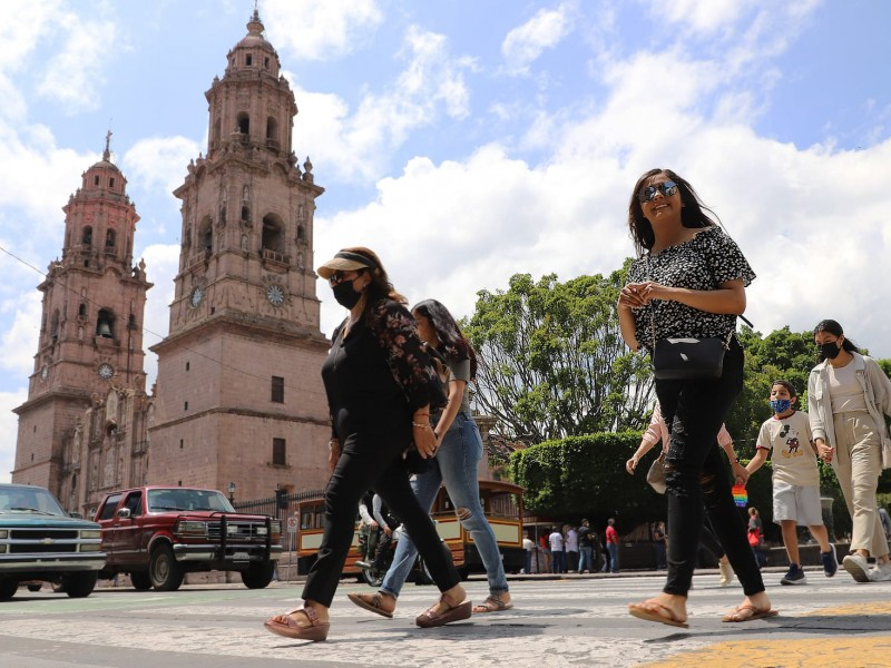Michoacán registra 20 defunciones más de covid-19 este sábado