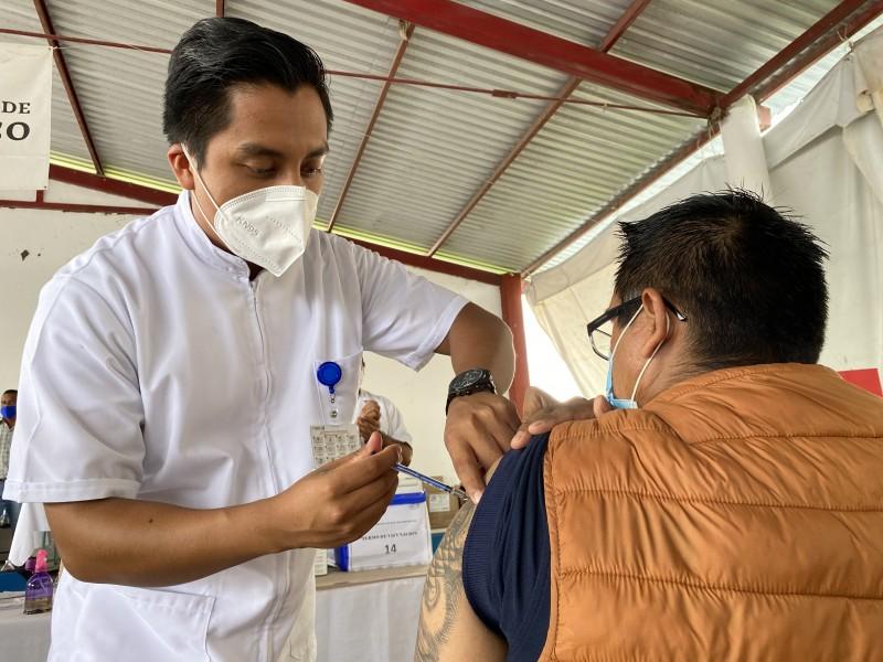 Martes 24 iniciaría vacunación para xalapeños de 18 a 30