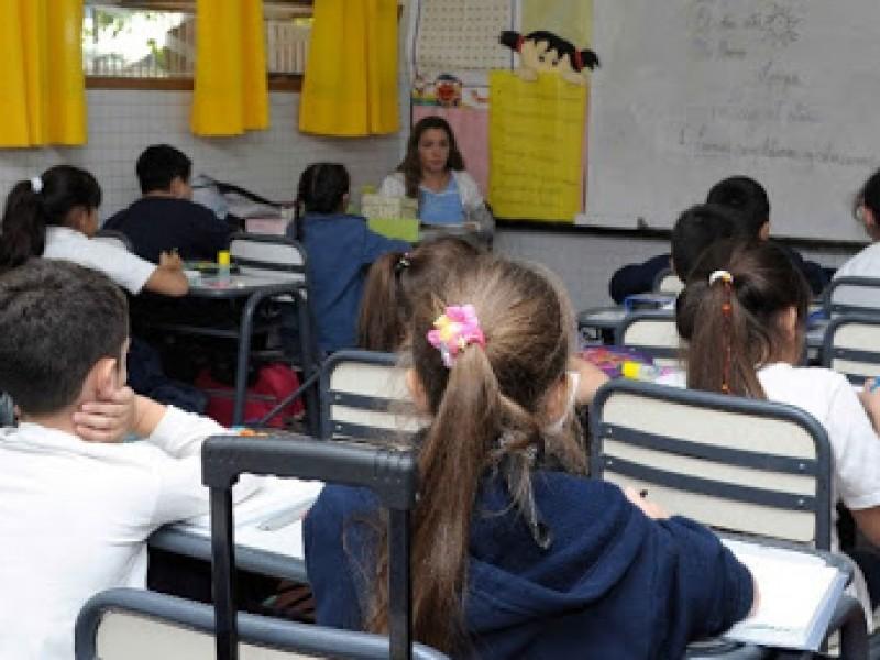 Migración de escuelas privadas a públicas será la próxima semana